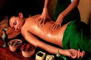 abhyanga_massage