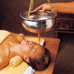 ayurveda rejuvenation treatment 5 anti aging techniques-shirodhara