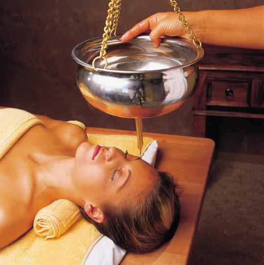 ayurveda rejuvenation treatment 5 anti aging techniques-shirodhara