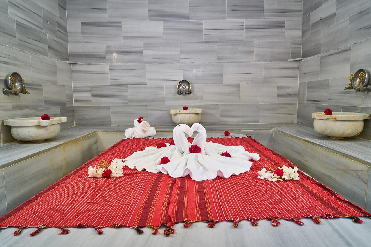 the-ritual-of-hammam-the-moroccan-way-luxury hammam