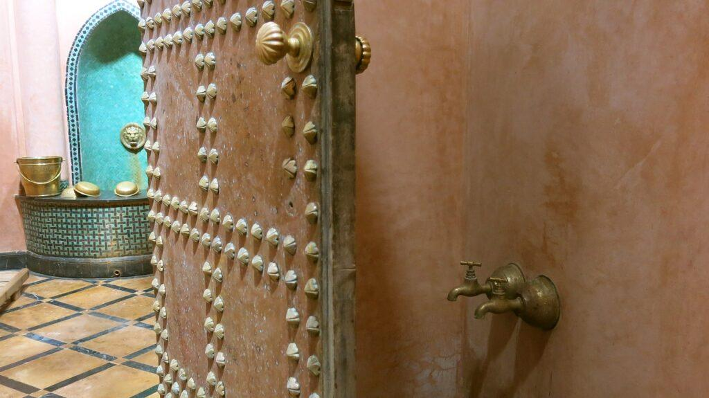 the ritual of hammam the moroccan way-inside