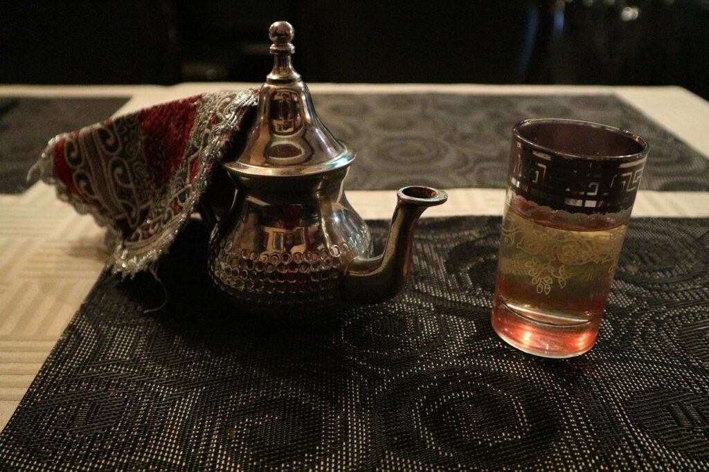 the ritual of hammam the moroccan way-tea