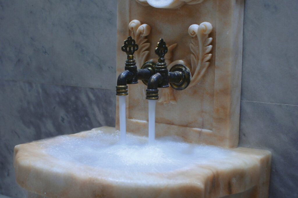 the ritual of hammam the moroccan way-water