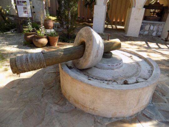 oil-press-machine-ancient