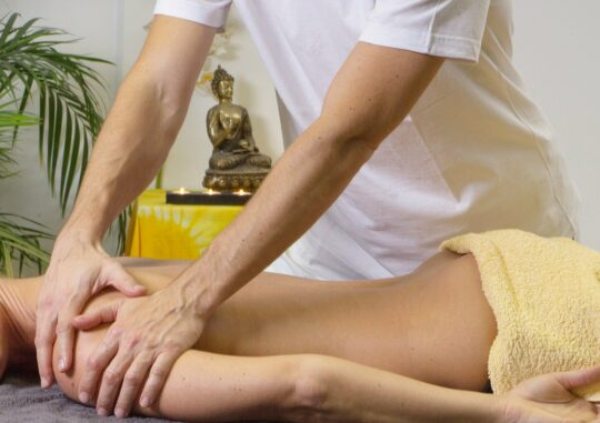 full_body_massage_therapy_techniques