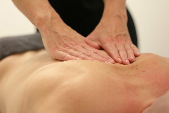 full body massage therapy techniques_long_strokes
