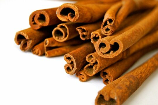 Best-herbs-and-spices-for-your-health-cinnamon