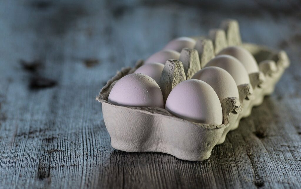 how-to-have-healthy-hair-naturally-eggs