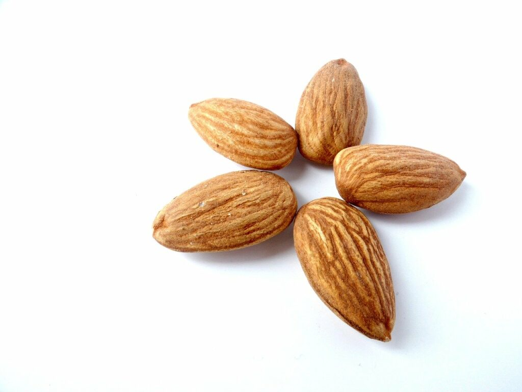 nutrients for healthy nails-almonds