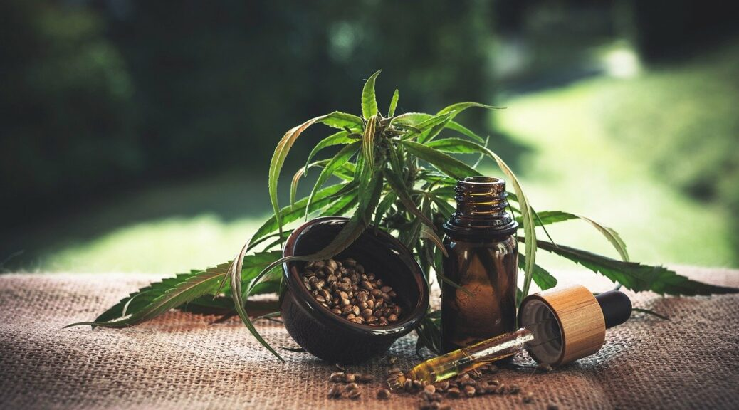 10 benefits of using CBD oil-featured