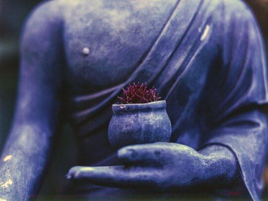 simple breathing exercises-buddha